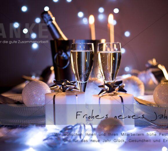 elegante Firmen Silvester E-Card mit Sektflaschen in violett (291)